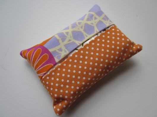 Sara's Daisy Love - Tissue holder, $5