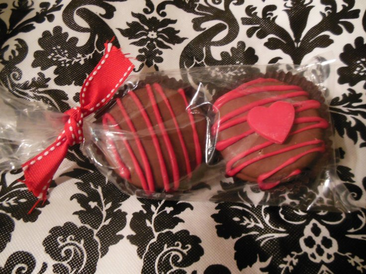 Sugar Mama's Chocolates - 20  Chocolate Covered Oreos, packaged in sets of 2, $20