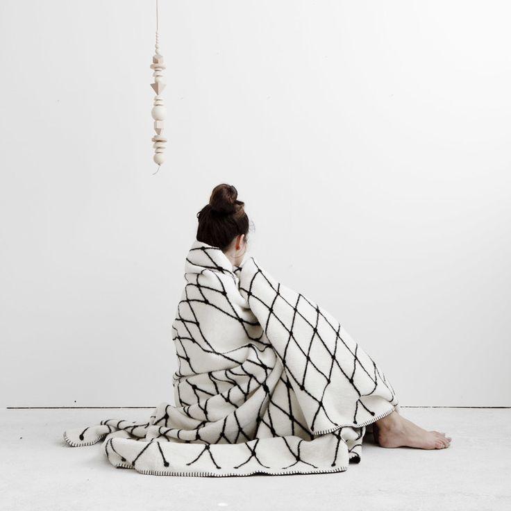 BastisRIKE - Grid Blanket
